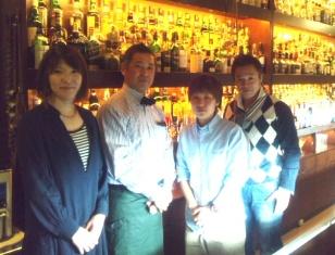 Bar Yottekeya本町ばっくて店、オーナーバーテンダー前田さん