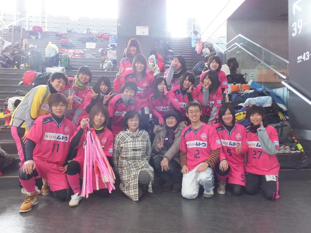 サポーターのみなさん、千羽鶴ありがとうございます!